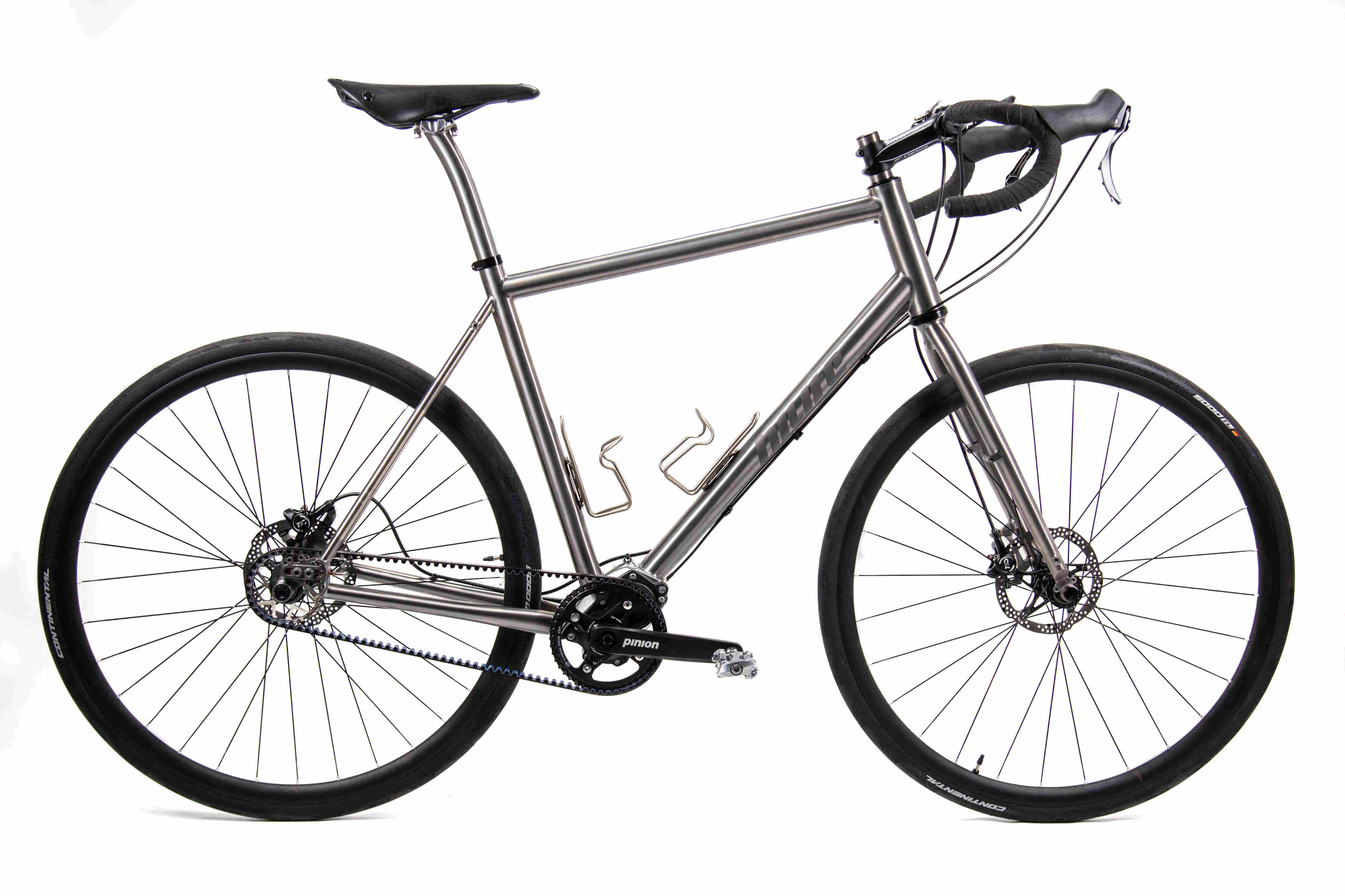 01_Pinion_Gravel_Race_Bike.jpg