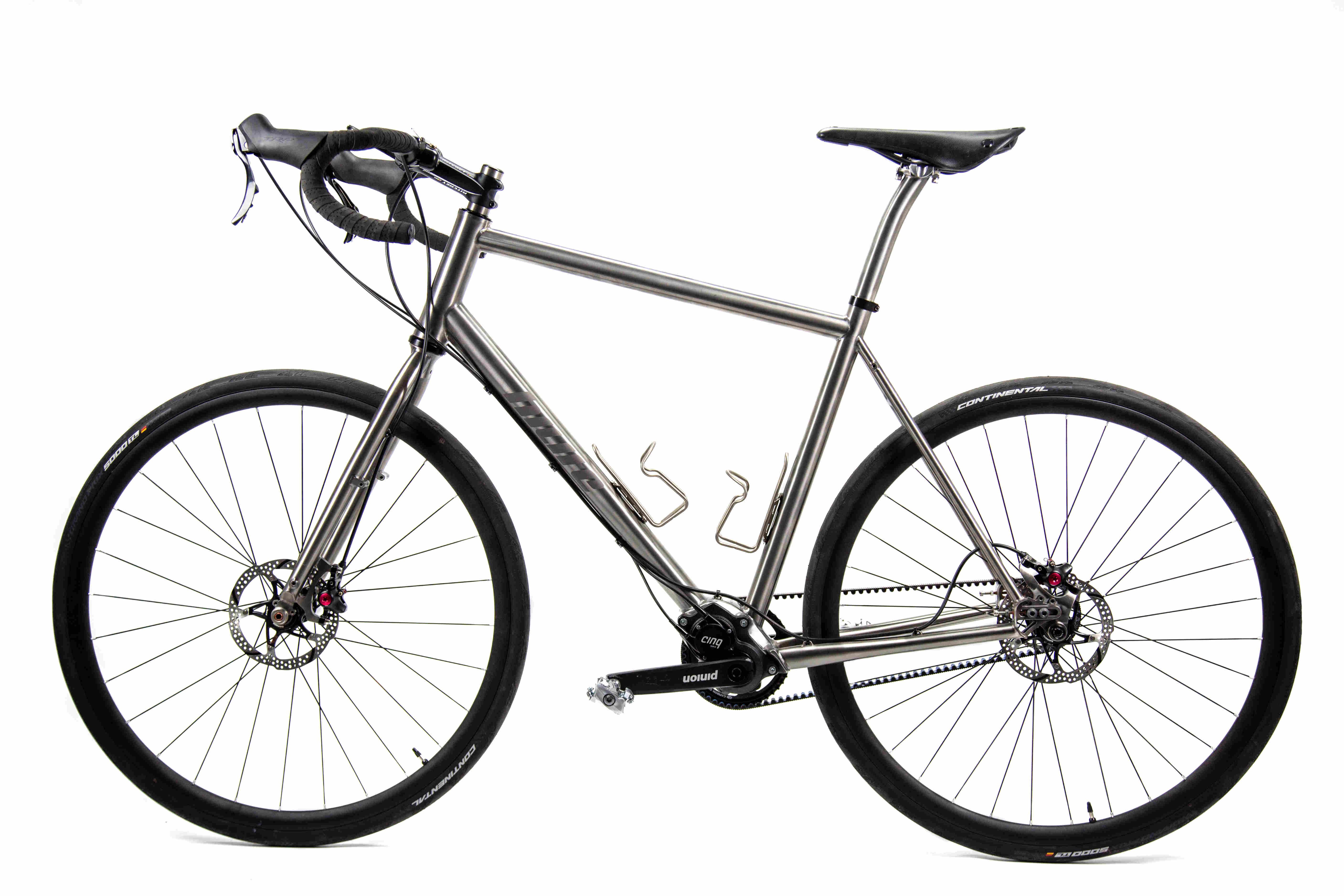 03_Pinion_Gravel_Race_Bike.jpg