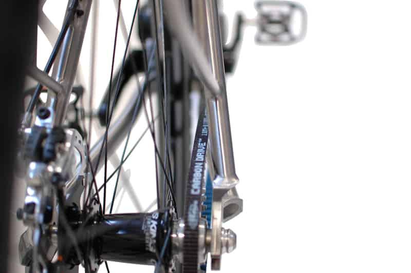 16-fahrrad-mit-gates-zahnriemen