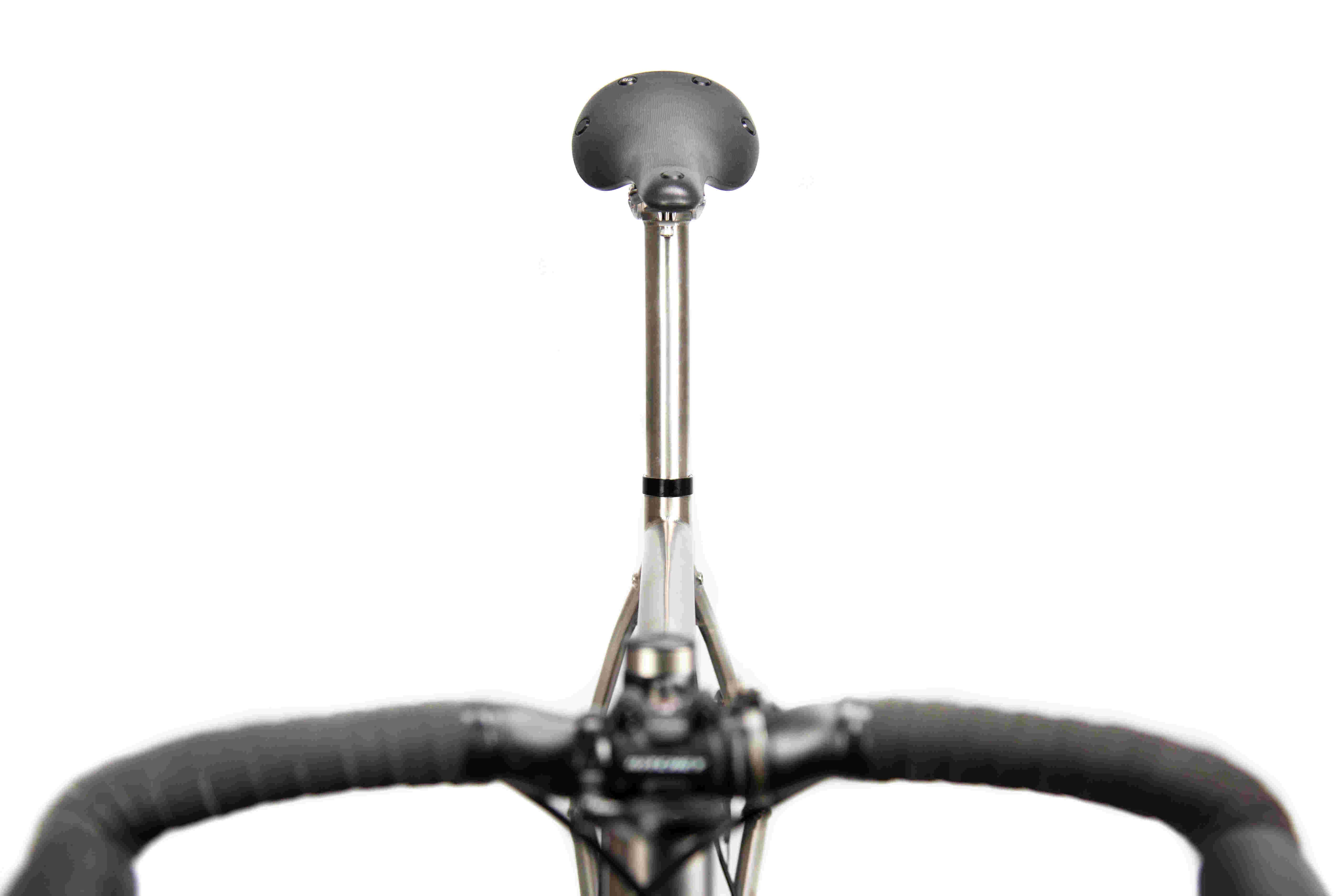 22_Pinion_Gravel_Race_Bike.jpg