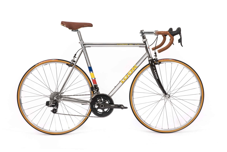classical_titanium_roadbike_1