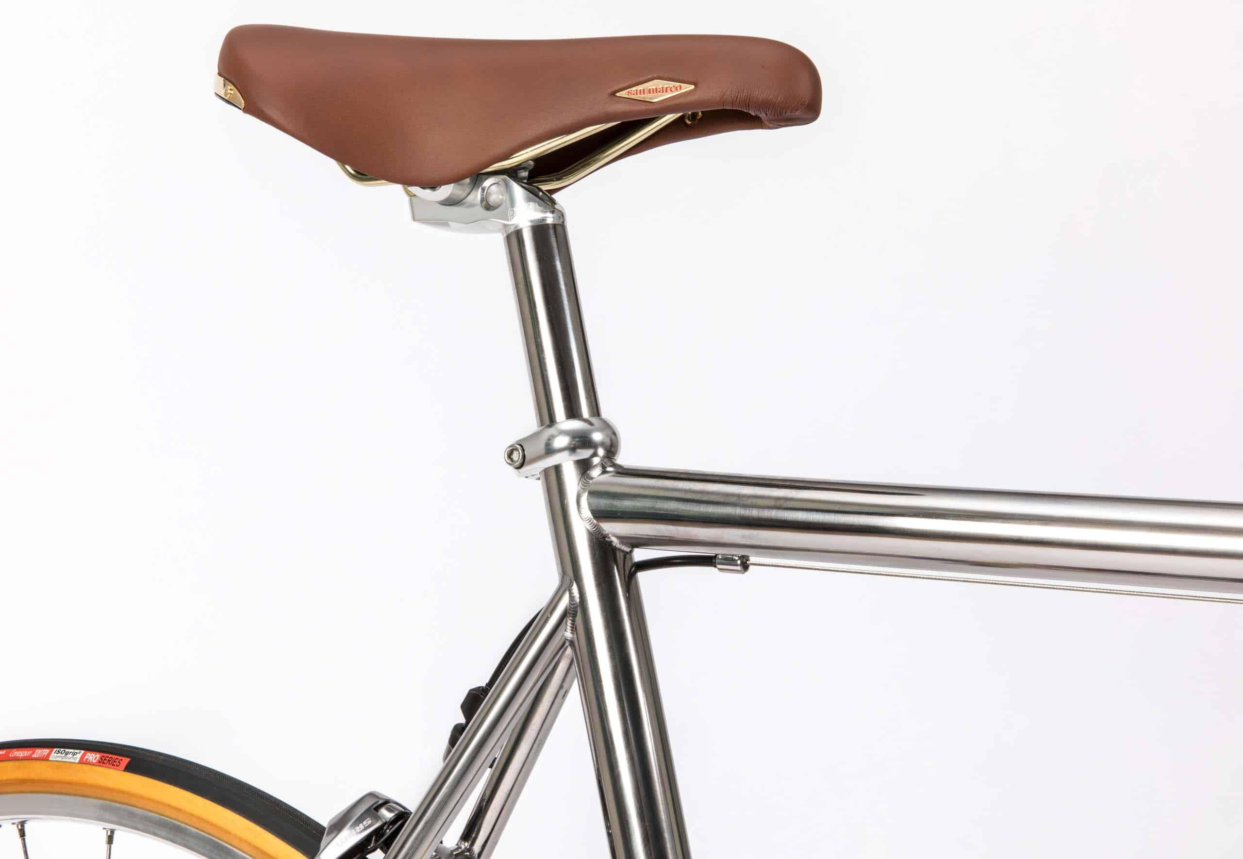 classical_titanium_roadbike_8