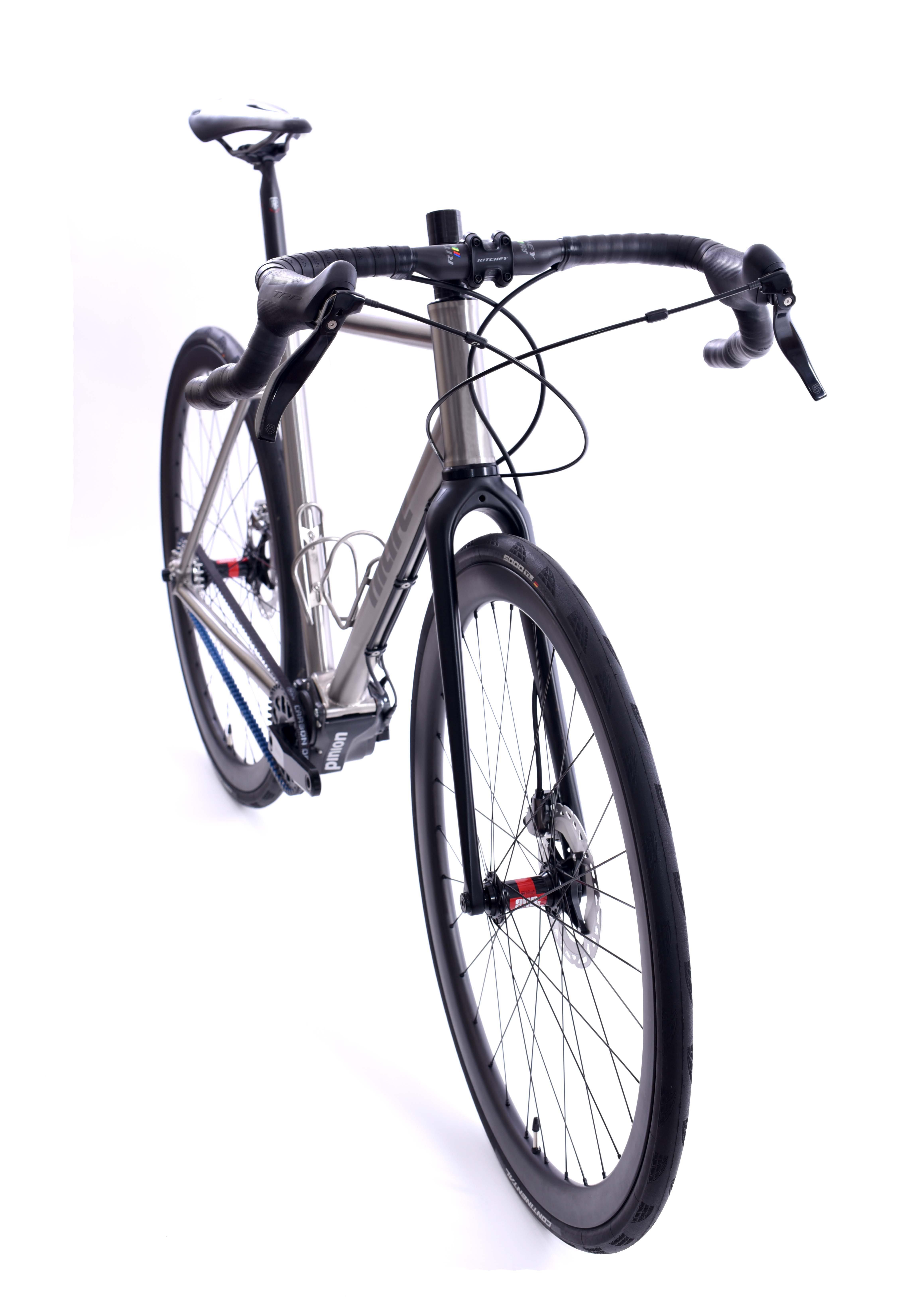 All-Road Pinion Bike mit lediglich 9.8kg