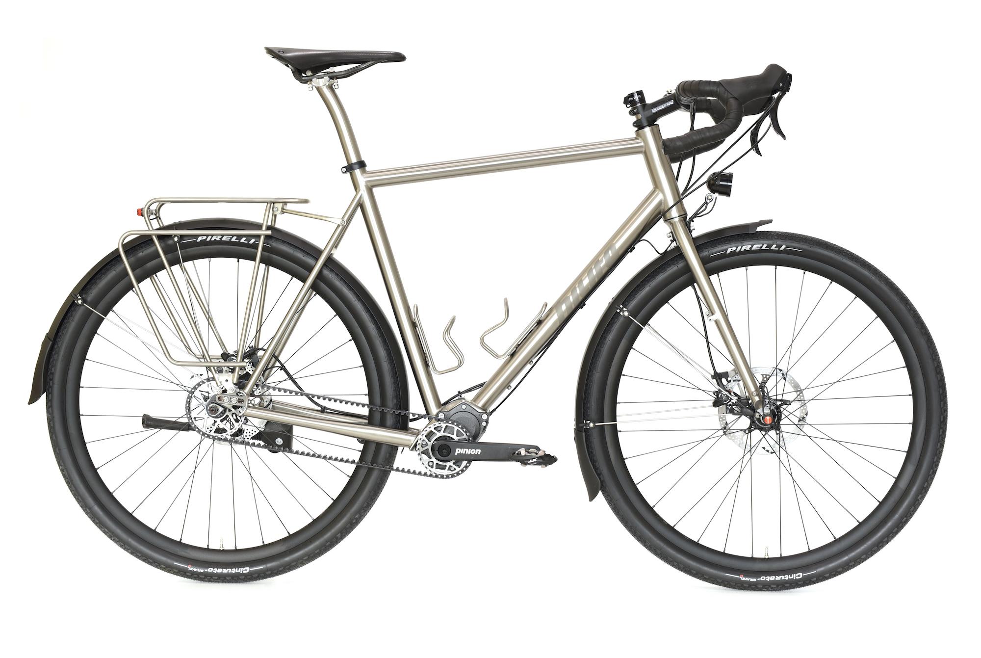 Adrian´s s Pinion Gravel Allroad Titan Bike 1